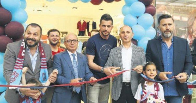 Ankara'da TS Clup açıldı