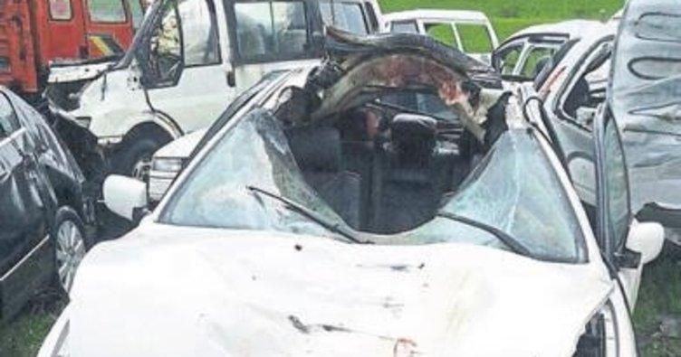 Ata çarpan sürücü hayatını kaybetti