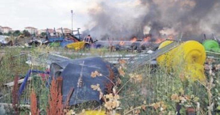 Çubuk Belediyesi'nin hurda deposu yandı