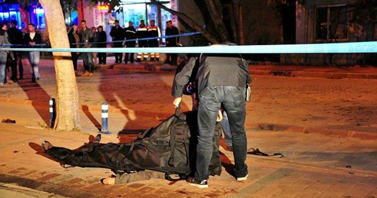 İki hafif ticari araç çarpıştı: 1 ölü, 2 yaralı