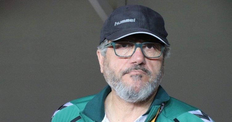 Ünlü teknik direktör Mustafa Reşit Akçay hastaneye kaldırıldı