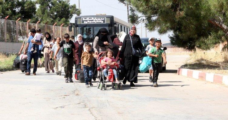 16 bin Suriyeli Türkiye'ye döndü
