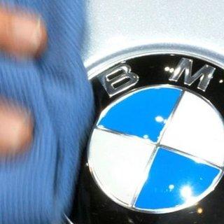 BMW ve Audi'de grev! İşçiler haklarını arıyor...