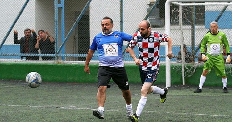 İzmir'de Öğretmenlerden futbol şov