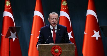 Cumhurbaşkanı Erdoğan'ın erken seçim kararını verdiği basın toplantısından kareler