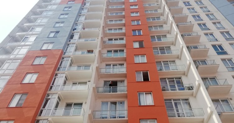Rezidansın 10'uncu katından düşen kadın hayatını kaybetti