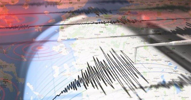 Ege'de korkutan deprem! Halk panikledi