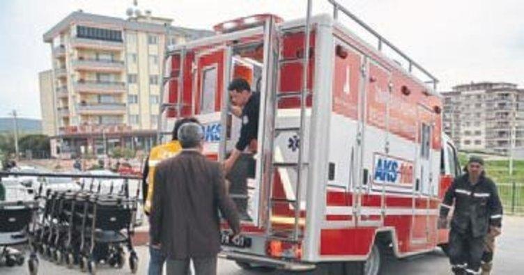 Foça'daki fabrikada patlama: 6 yaralı