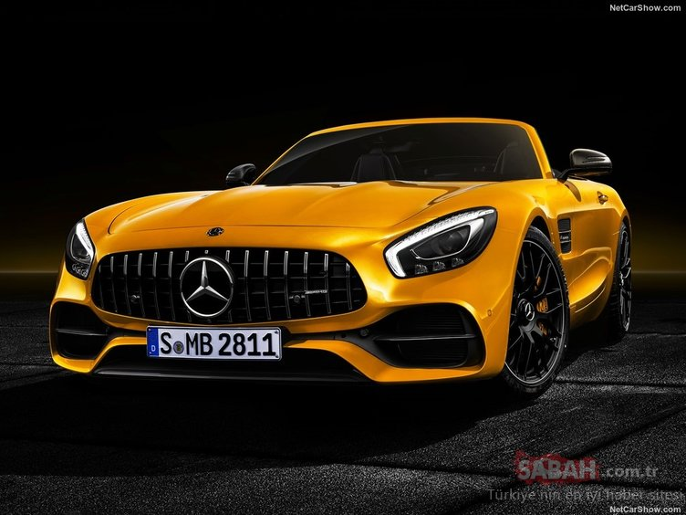 2019 AMG GT S Roadster