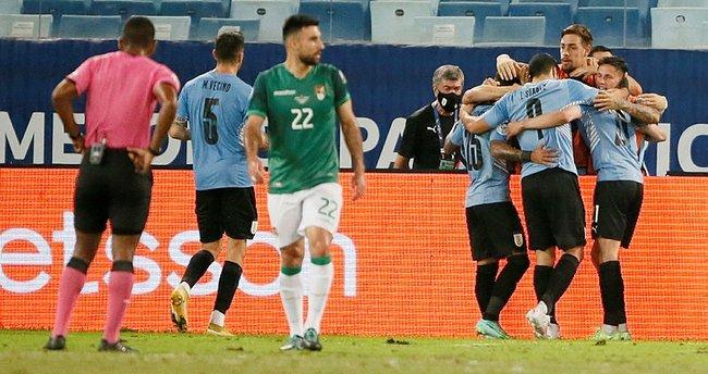 Uruguay ve Paraguay çeyrek finalde