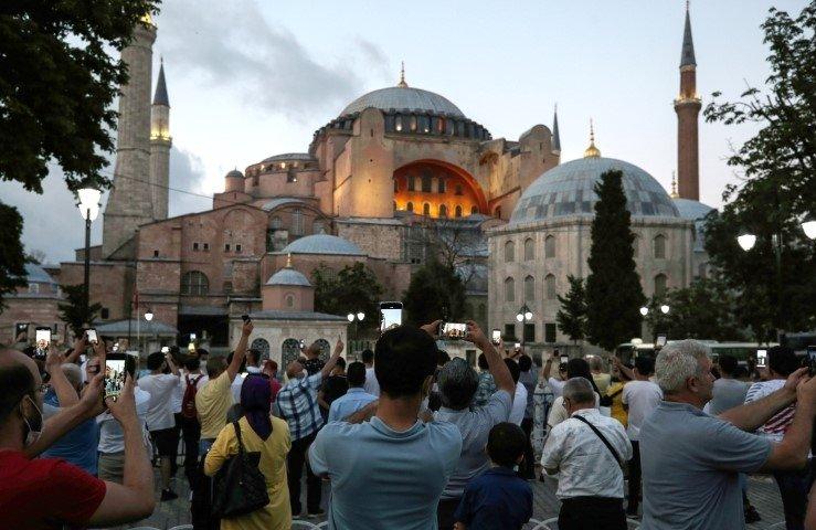 Ayasofya'da büyük güne hazırlık! Ayasofya Camii'nde ibadet nasıl olacak? İşte detaylar...