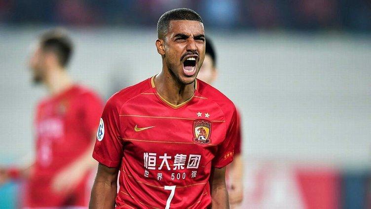 Galatasaray'da forvet yola çıktı: Alan Carvalho