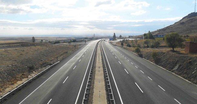 Bölünmüş yollar 16,5 milyar lira tasarruf sağladı