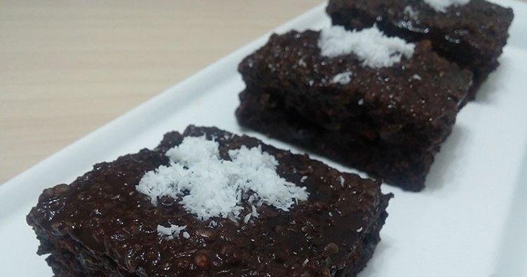 Evde kolay kek tarifi nasıl yapılır? Kakaolu ıslak kek tarifi ve yapılışı