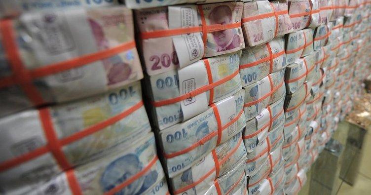 Bütçe ekimde 3.3 milyar lira açık verdi