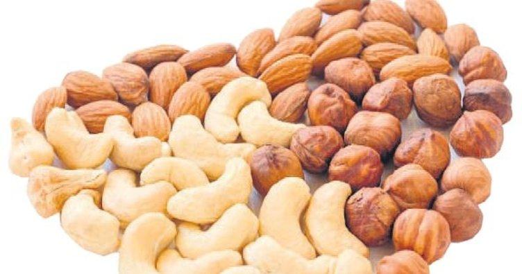 Kalp sağlığı için fındık fıstık yiyin