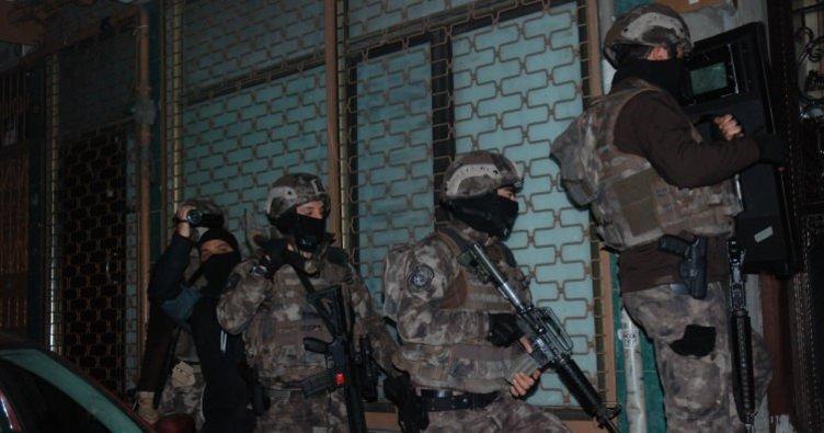Diyarbakır'da uyuşturucu tacirlerine şafak operasyonu