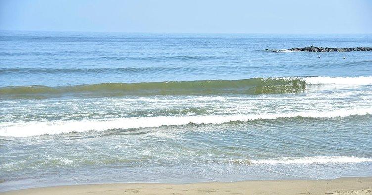 Karasu'da denize girme yasağı kalktı