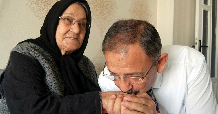 Çevre ve Şehircilik Bakanı Özhaseki'nin acı günü