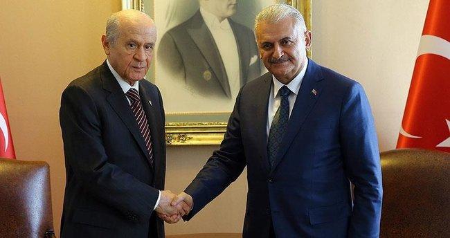Başbakan Yıldırım ile Bahçeli yeni anayasa için bir araya gelecek