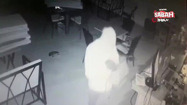Antalya'da kafelere dadanan 2 şüpheli, 10 iş yerinin bahşiş kutusunu çaldı   Video