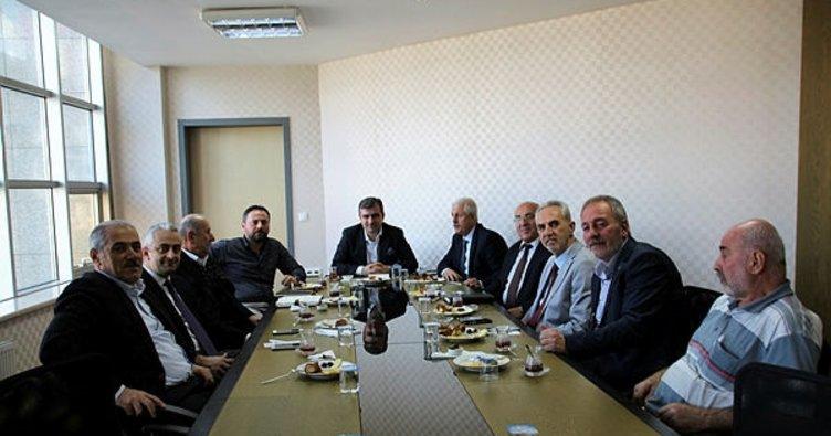 Başkan Yemenici mahalle muhtarlarıyla istişare toplantısı yaptı