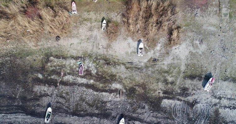 Terkos Gölü metrelerce çekildi... Korkunç görüntü ortaya çıktı