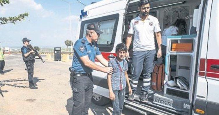 Yaralı Suriyeliyi sırtında taşıyan polis o anları anlattı