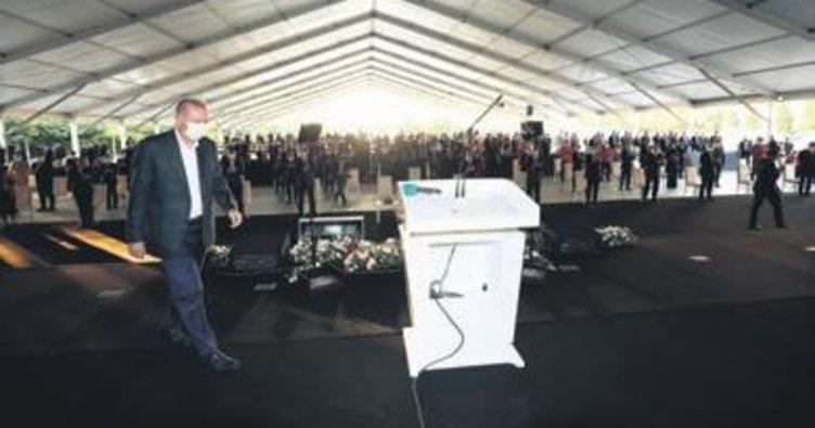 Başkan Erdoğan, 300 fabrikanın açılış töreninde konuştu: Ekonomimiz rekorlara koşmaya devam edecek