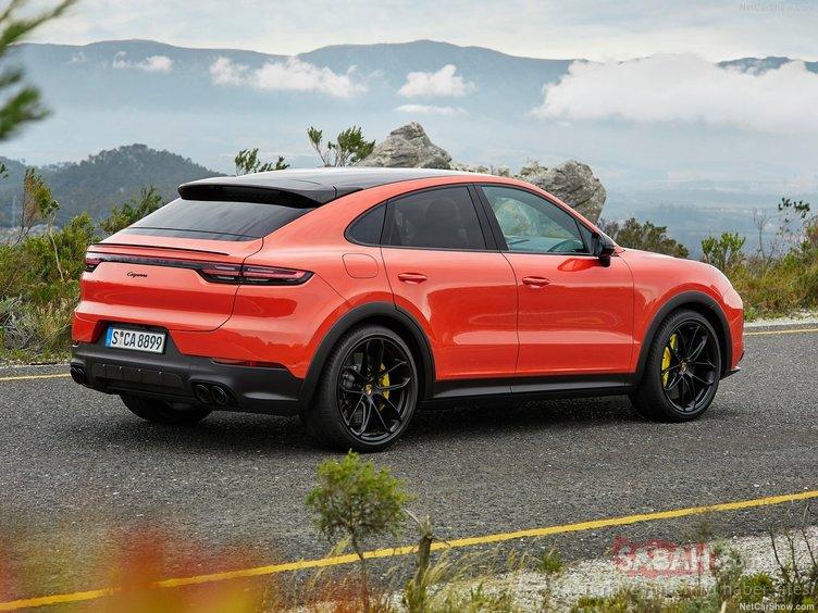 Porsche yeni bombayı patlamaya hazırlanıyor! Porsche Cayenne Coupe Hybrid bu sene geliyor!