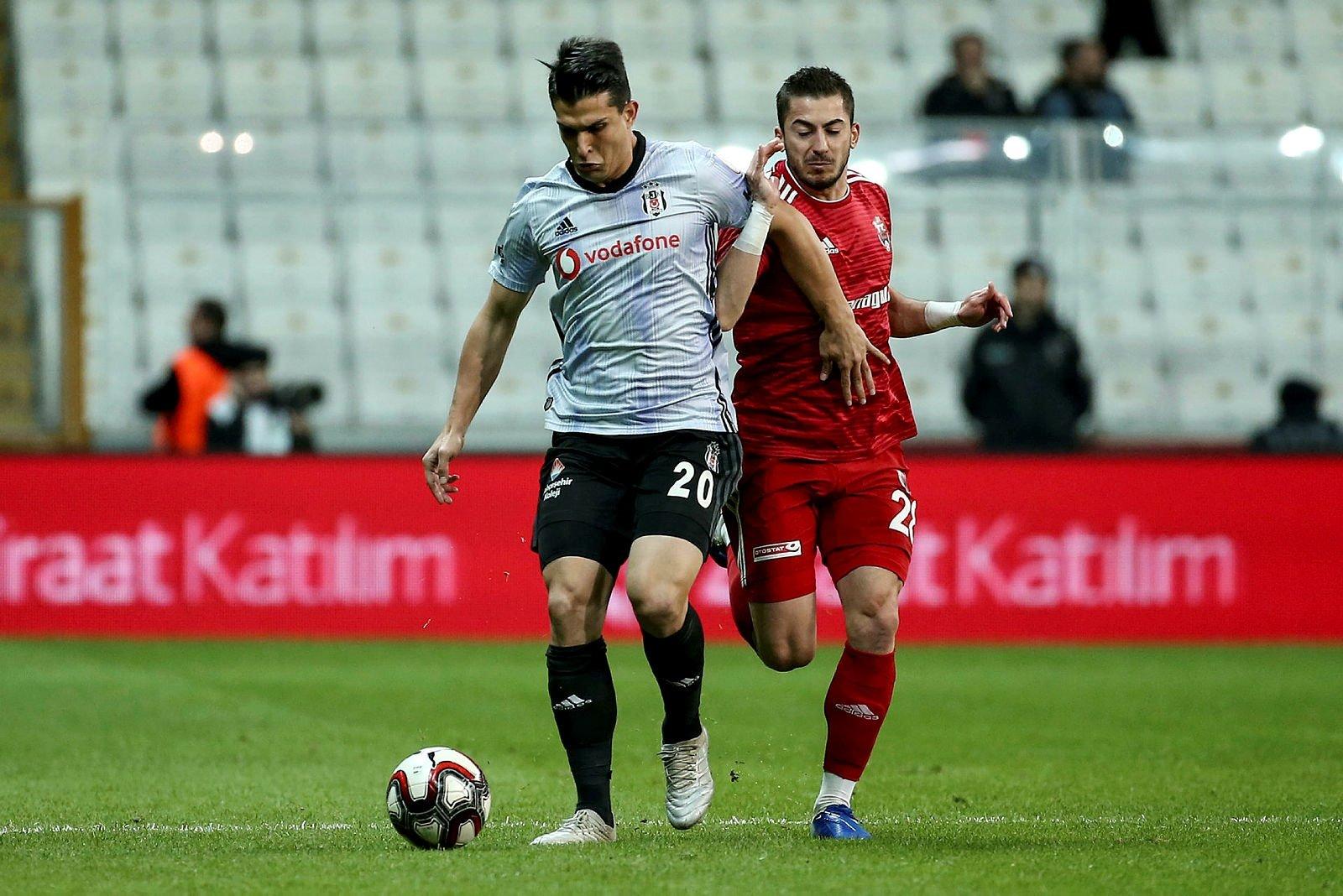 Beşiktaş'ta Necip Uysal şoku! Kaptanlığı istemedi