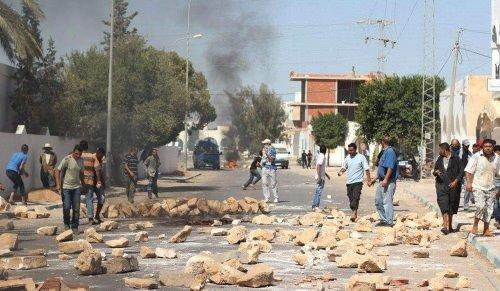 Tunus'ta işsizlik isyanı