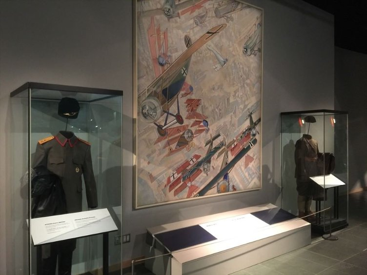 Osmanlı pilotlarının kahramanlığı Kanada'da sergileniyor