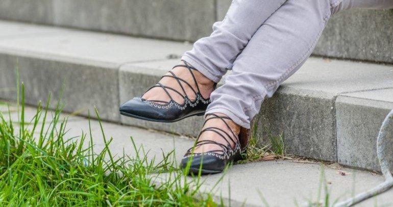 Terlik kadar rahat olan 4 düz ayakkabı