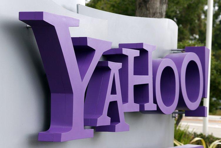 İnternet devi Yahoo satıldı!