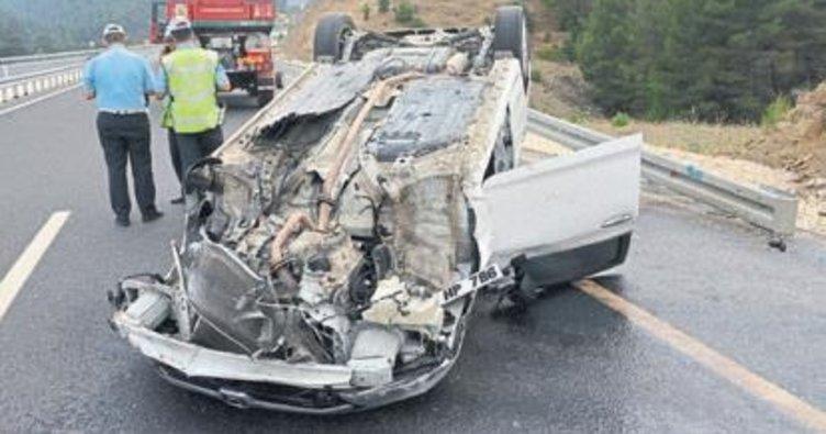 Otomobil takla attı: 1 polis yaralı