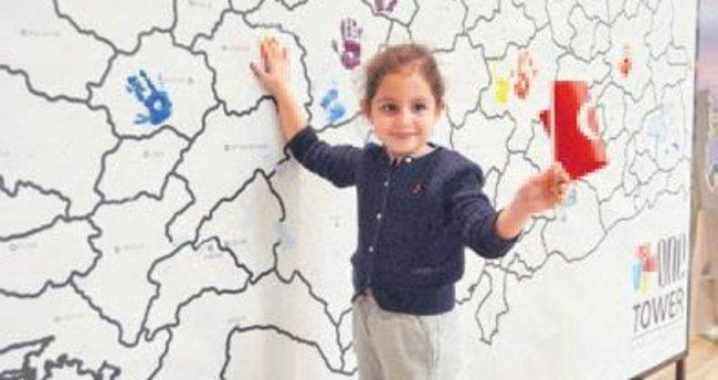 Çocuklar Cumhuriyet'e el izlerini bıraktı