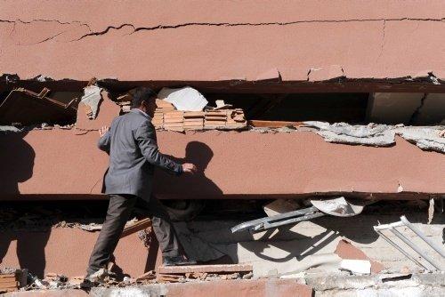 Van'daki depremden fotoğraflar