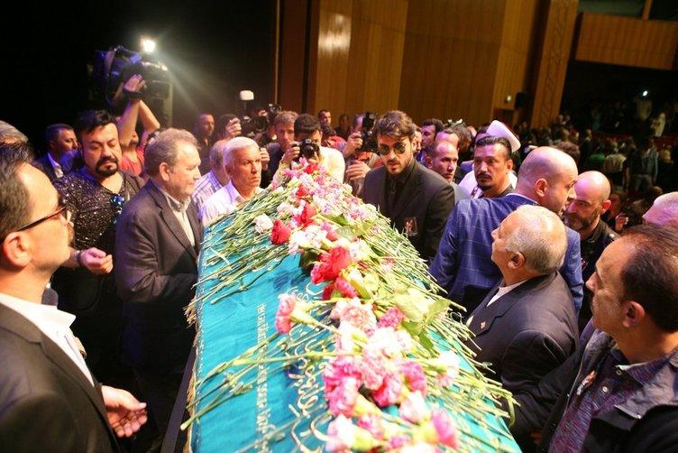 Oya Aydoğan gözyaşları içinde uğurlandı
