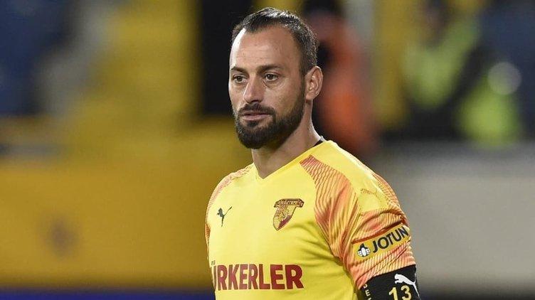 Galatasaray Muslera yerine 3 aday belirledi!