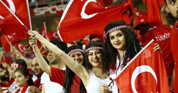 Türkiye - Arnavutluk maçı kapalı gişe!