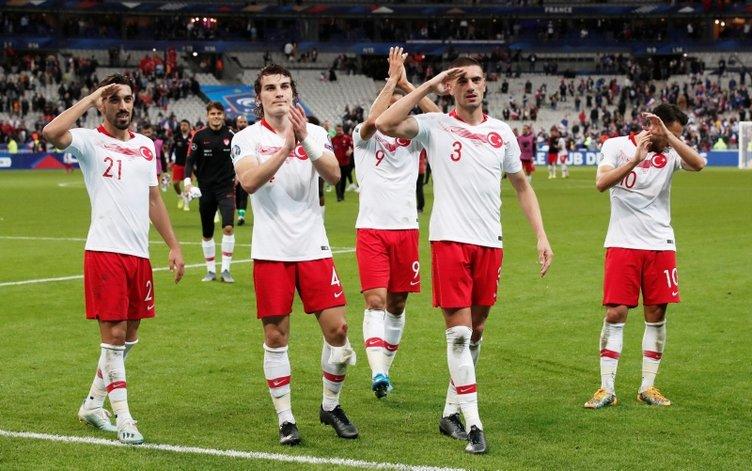 Fransa - Türkiye maçı tarihe geçti! A Milli Takım ilk kez...