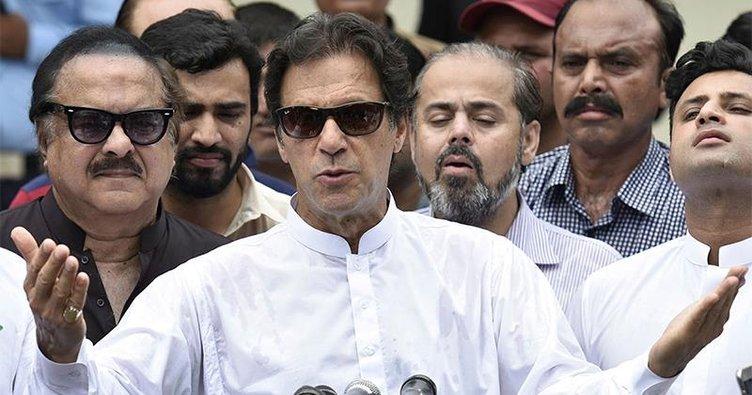 Pakistan'da zafer eski kriketçinin