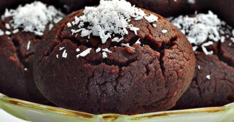 Kahvenin yanına eşsiz bir tat katacak ıslak kurabiye tarifi: Nefis kakaolu ıslak kurabiye nasıl yapılır? Browni tarifi…
