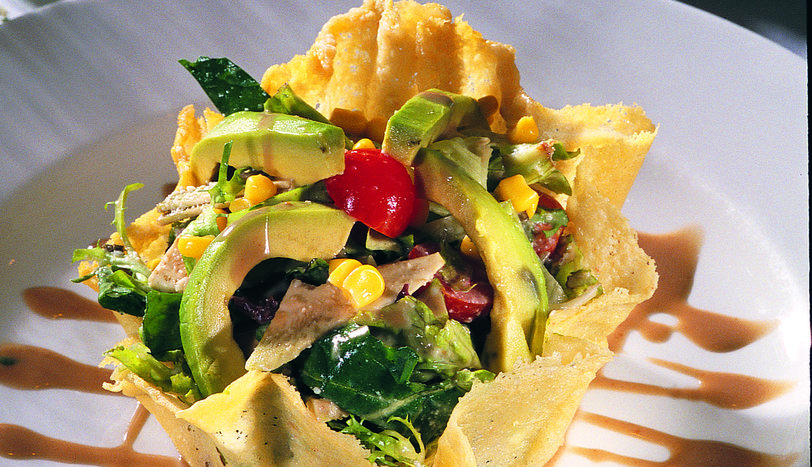 Enginarlı Avokado Salatası