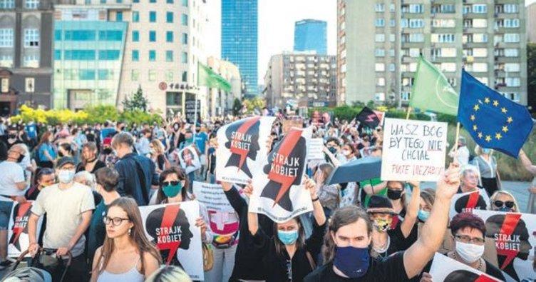 Polonya'da 'İstanbul isyanı'
