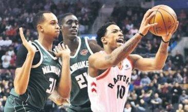 DeRozan NBA'de tarih yazdı: 52 sayı