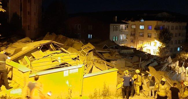 Son dakika: İstanbul'da boşaltılan 9 katlı binada çökme meydana geldi