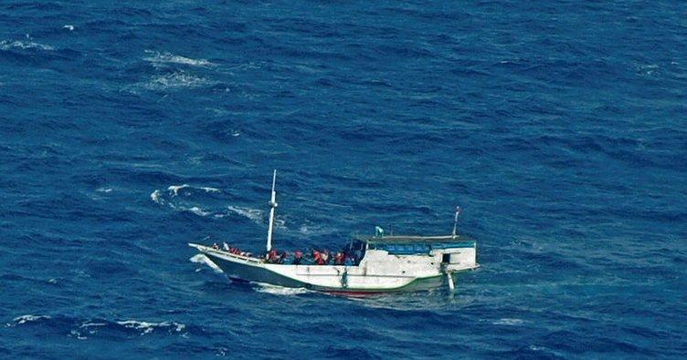 Endonezya'da yolcu teknesi alabora oldu