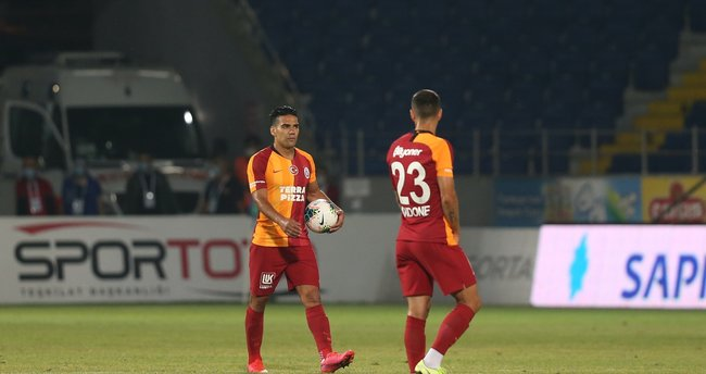 Galatasaray'da korkulan oldu! Falcao...